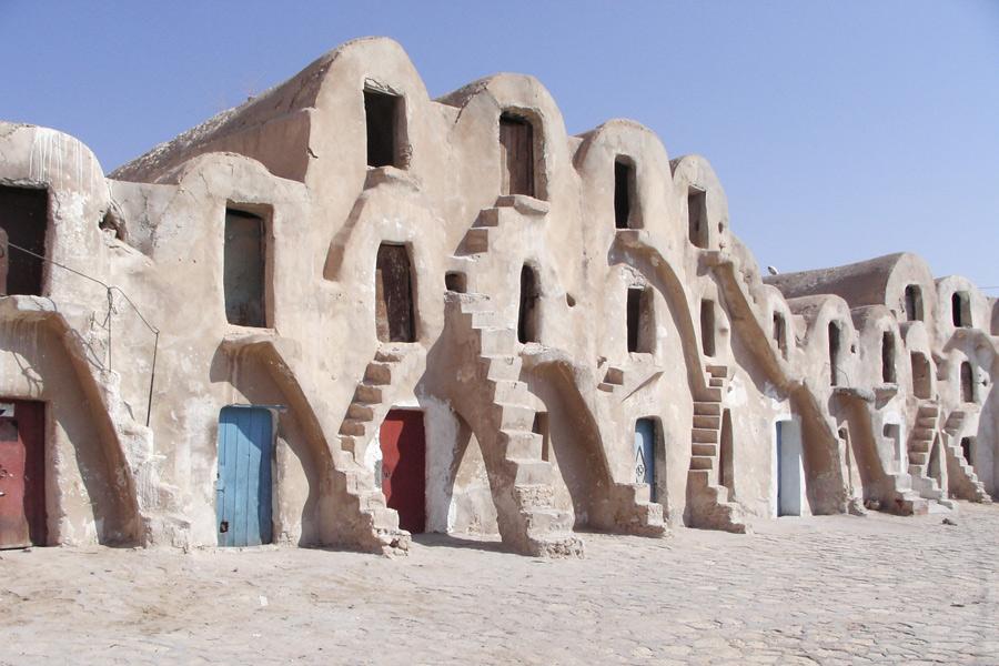 Tunisie - Le Djebel Dahar, au Cœur des Forteresses du Désert