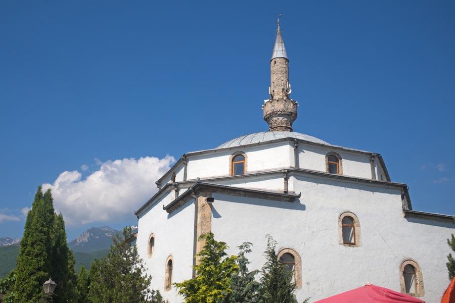 Kosovo - Rendez-vous avec l'histoire dans la ville martyre de Pec