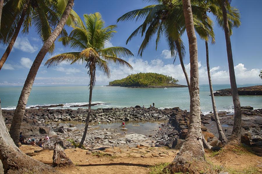 Guyane -Iles du Salut, Voyage sur l'archipel des enfers