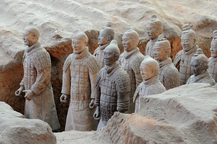 Chine - Huit Mille Soldats Veillent Sur Xi'an