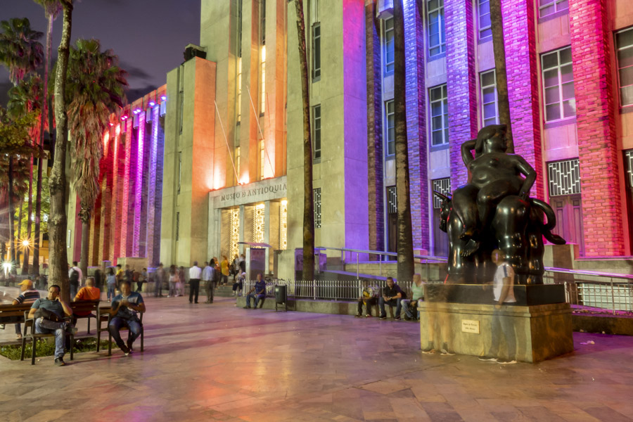 Colombie - Botero, un Artiste Plus Grand que Nature