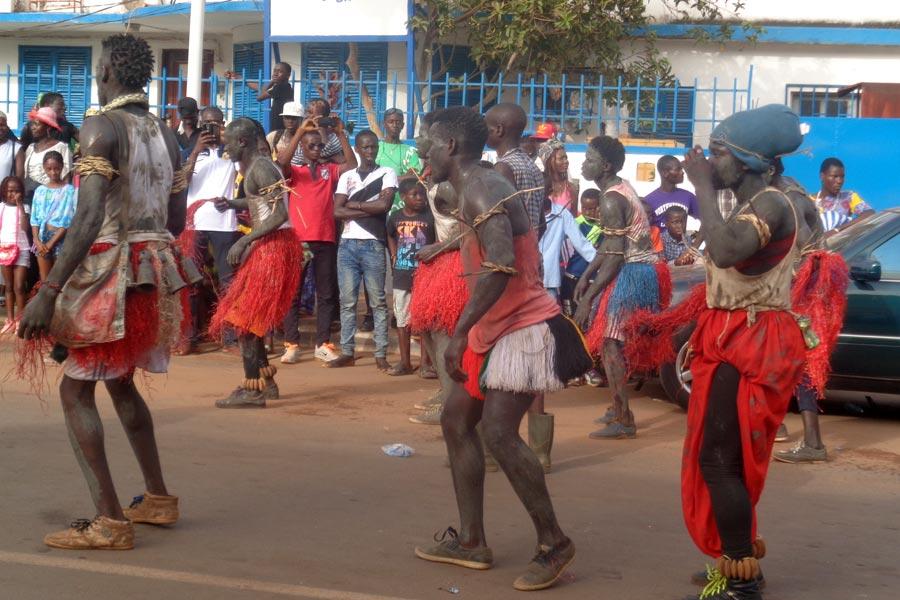 Guinée - Célébrez la nature et la diversité au Carnaval de Guinée-Bissau