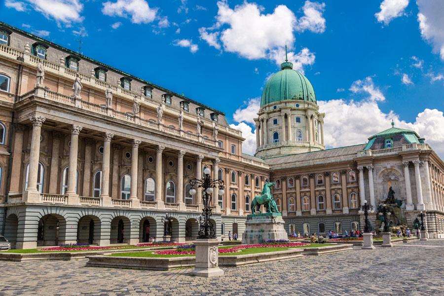 Hongrie - Budapest, Ville d'Histoire et Capitale Tendance