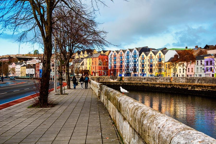 Irlande -Cork, entre Pubs et Virées en Bord de Mer