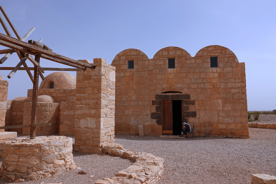 Jordanie - De châteaux en châteaux dans le désert jordanien