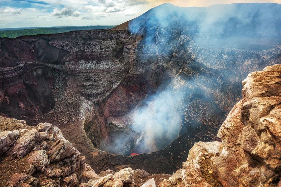 Nicaragua - Managua, une ville moderne au milieu des volcans