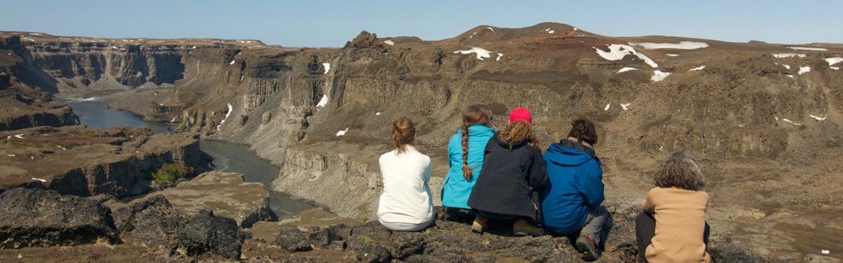 Voyage Découverte en Islande - Un Passage vers un Monde Improbable