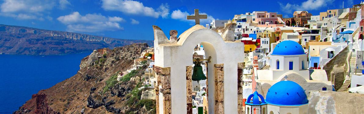 Voyage Découverte dans les Cyclades - Cap sur Oia, la Perle de Santorin