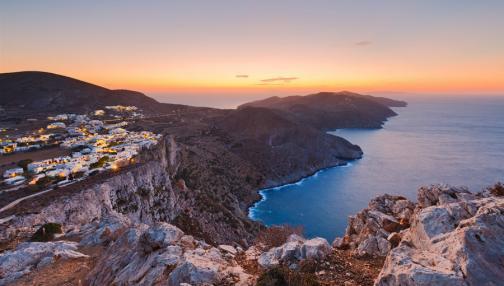 De Santorin, la mondaine à Folegandros, le trésor caché