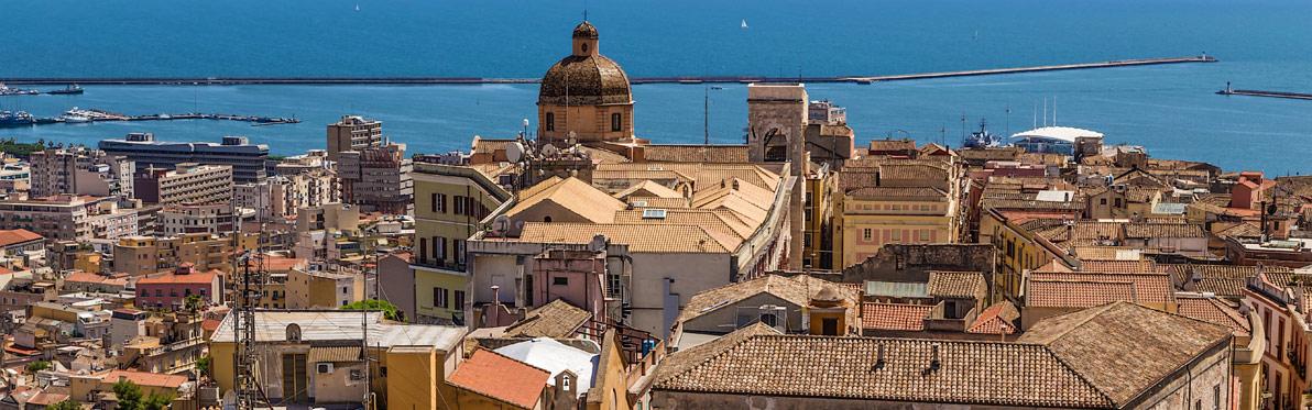 Voyage Découverte en Sardaigne - Cagliari, capitale joyeuse et historique de la Sardaigne