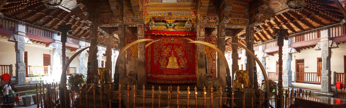Voyage Découverte au Sri Lanka - Kandy, Une Dent de Bouddha