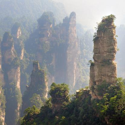 Voyage en Chine : Monts Embrumés de Zhangjiajie & Fenghuang authentique