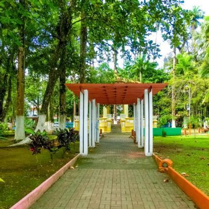 Voyageau Costa Rica : Lune de Miel au Pays des Quetzals