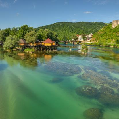 Voyage en Croatie: Le Long des Clairières et Rivières Dinariques