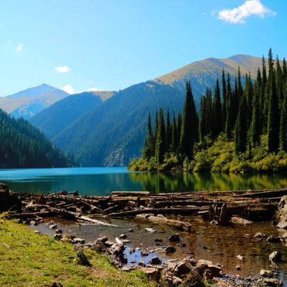 Circuit au Kazakhstan: Au Pays des Pommes