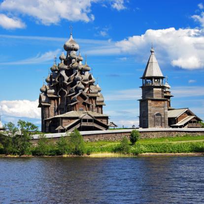 Circuit en Russie : De Saint-Pétersbourg en Carélie Hors des Sentiers Battus