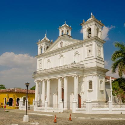 Voyage au Salvador : Sites Mayas et Villages Coloniaux