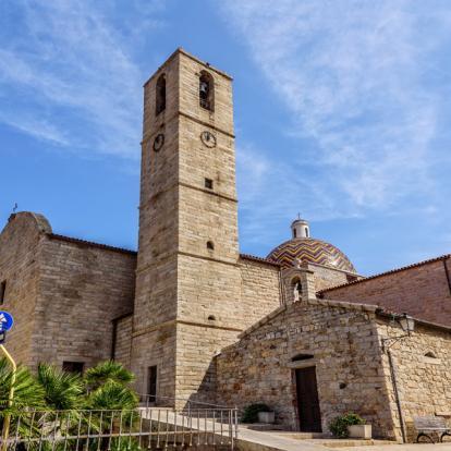 Voyage en Italie : Les Trésors de Sardaigne et de Corse
