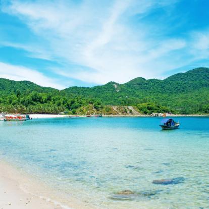 Voyage au Vietnam: Le Delta du Fleuve Rouge et le Centre Vietnam