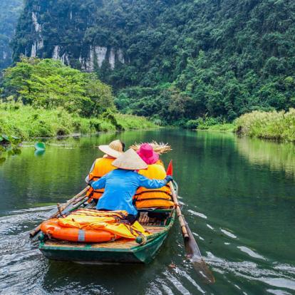 Voyage au Vietnam : Du Fleuve Rouge à la Baie d'Halong